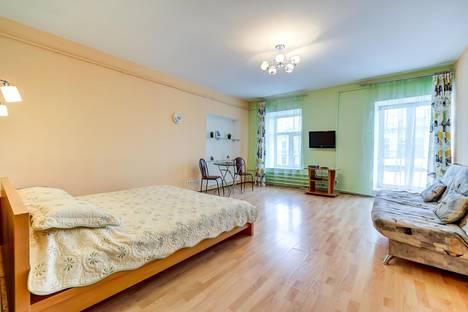 Сдается 1-комнатная квартира посуточнов Колпино, Невский проспект, 74-76Т.