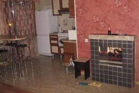 Сдается 2-комнатная квартира посуточно в Усть-Каменогорске, Независимости, 27\1.