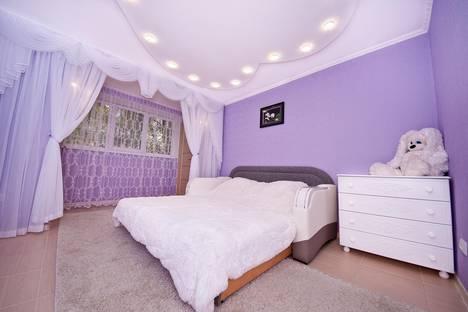 Сдается 2-комнатная квартира посуточнов Приморском, улица Чкалова, 64.