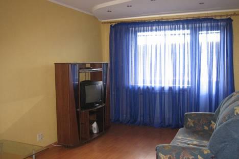 Сдается 2-комнатная квартира посуточно, Карла Маркса 105 (Юность, пл. Мира).