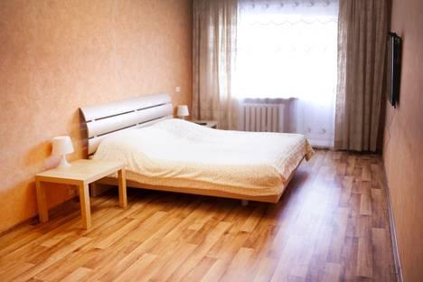 Сдается 1-комнатная квартира посуточнов Волжском Утёсе, ул. Мира, 132.