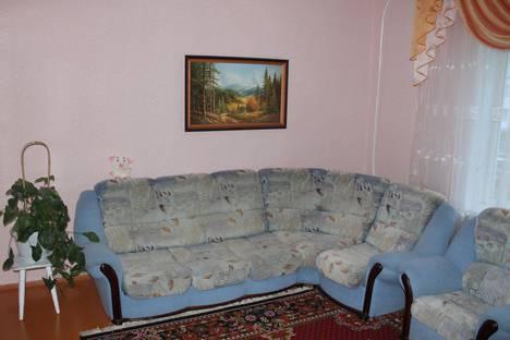 Сдается 4-комнатная квартира посуточно в Шерегеше, Коммунистическая 12.