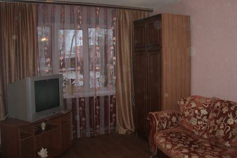 Сдается 1-комнатная квартира посуточнов Павлове, южный поселок 28.