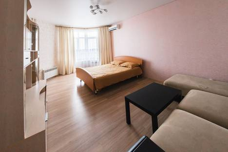 Сдается 1-комнатная квартира посуточнов Оренбурге, Чкалова 51/1.