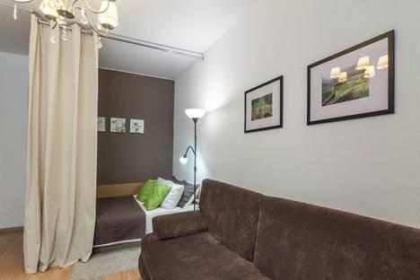 Сдается 1-комнатная квартира посуточнов Выксе, переулок Амосова1 -1.