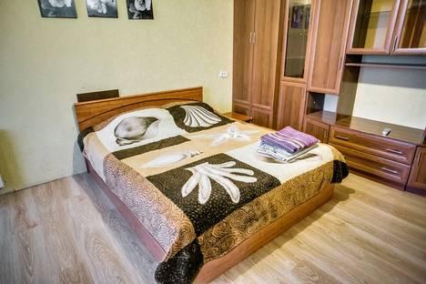 Сдается 1-комнатная квартира посуточнов Ростове-на-Дону, ул. Ларина, 11.