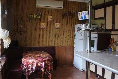 Сдается коттедж посуточно в Евпатории, Белогубца 11.