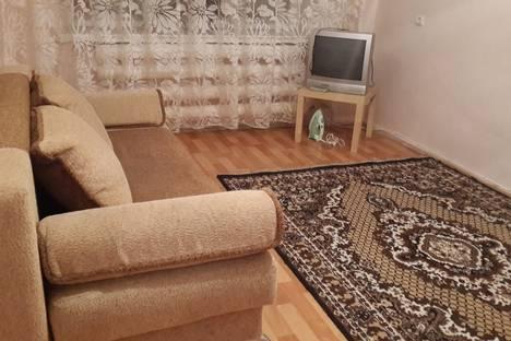 Сдается 1-комнатная квартира посуточно в Альметьевске, Строителей 27.