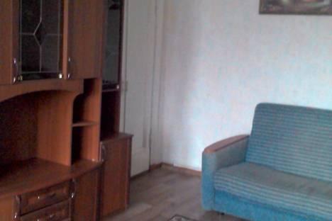 Сдается 2-комнатная квартира посуточно, Кирова, 85.