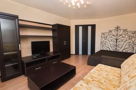 Сдается 1-комнатная квартира посуточно в Екатеринбурге, Смазчиков 3.