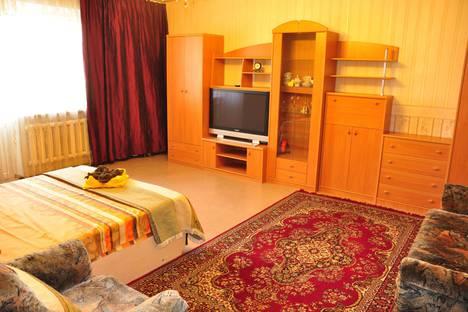 Сдается 1-комнатная квартира посуточно, микрорайон Самал-2, 28.