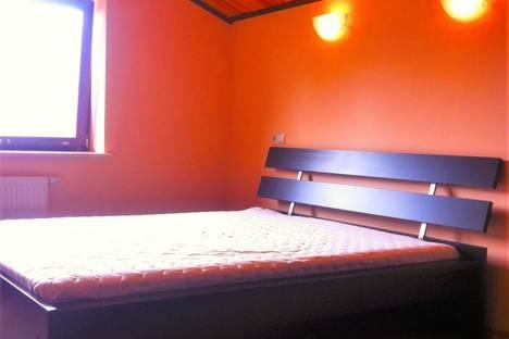 Сдается 2-комнатная квартира посуточнов Красной Поляне, Волоколамская 29.