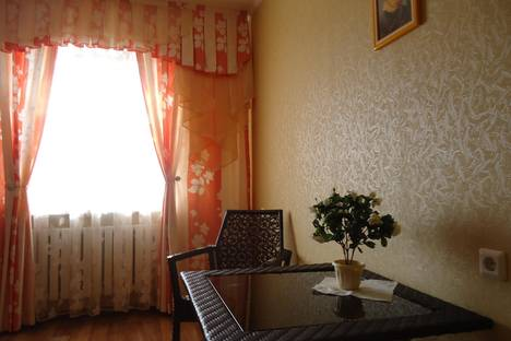 Сдается 2-комнатная квартира посуточнов Ельце, мкр. александровский 9.