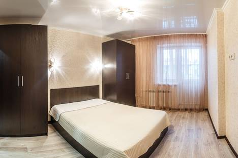 Сдается 2-комнатная квартира посуточно в Казани, Четаева 14 а.