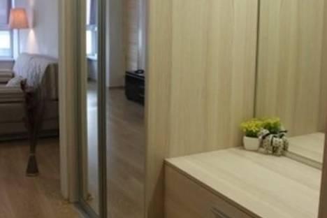 Сдается 1-комнатная квартира посуточнов Тюмени, Эрвье, д. 24, корп. 1.
