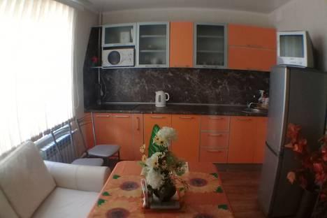 Сдается 2-комнатная квартира посуточно в Магнитогорске, проспект Карла Маркса, 218/2.