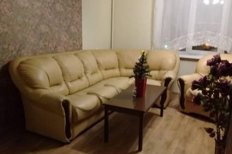 Сдается 3-комнатная квартира посуточно в Магнитогорске, ул. Жукова, дом 21.
