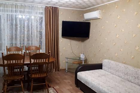 Сдается 3-комнатная квартира посуточно в Волжском, ул.Мира 75.