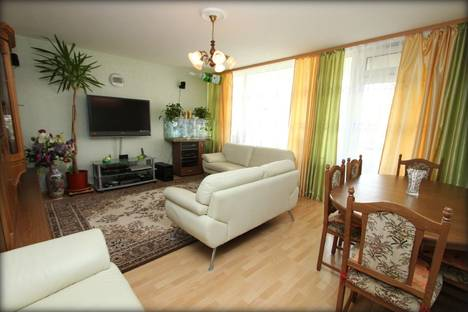 Сдается 3-комнатная квартира посуточно в Ростове-на-Дону, ул. 339 Стрелковой Дивизии, 27Б.