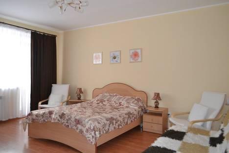 Сдается 1-комнатная квартира посуточно в Екатеринбурге, ул. Бабушкина дом 45.