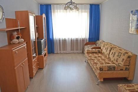 Сдается 2-комнатная квартира посуточнов Казани, Фатыха Амирхана  45.