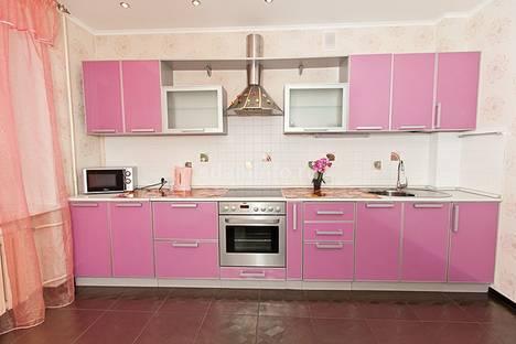 Сдается 2-комнатная квартира посуточнов Казани, ул. Чистопольская, 64.
