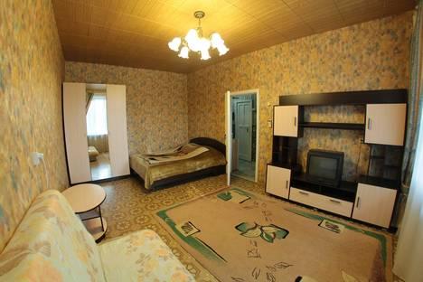 Сдается 1-комнатная квартира посуточнов Екатеринбурге, Первомайская, 66.