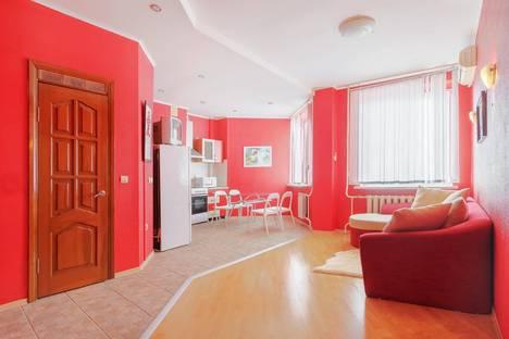 Сдается 2-комнатная квартира посуточнов Ростове-на-Дону, пл. Гагарина, дом № 6/87.