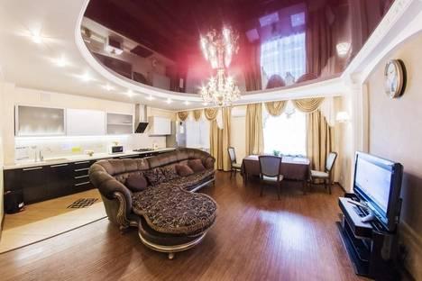 Сдается 3-комнатная квартира посуточно в Уфе, Исмагилова 14.