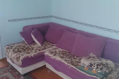 Сдается 2-комнатная квартира посуточно в Кстове, ул. Магистральная, 14.