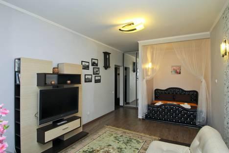 Сдается 1-комнатная квартира посуточно в Сургуте, ул. Университетская, 39.