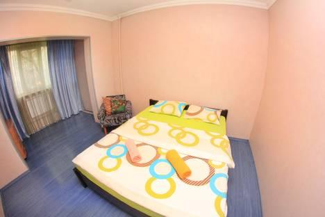 Сдается 2-комнатная квартира посуточно в Алматы, Торайгырова, 11а.