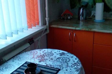 Сдается 1-комнатная квартира посуточно в Саяногорске, Ленинградский,1.