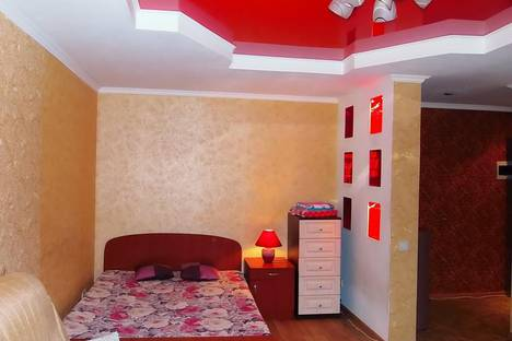 Сдается 1-комнатная квартира посуточнов Барнауле, проспект Калинина, 8а.