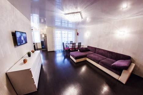 Сдается 2-комнатная квартира посуточно в Уфе, Владивостокская 12.