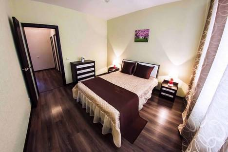 Сдается 2-комнатная квартира посуточно в Уфе, Бакалинская 19.