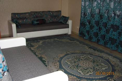 Сдается 2-комнатная квартира посуточно в Пскове, ул. Владимирская, 9а.