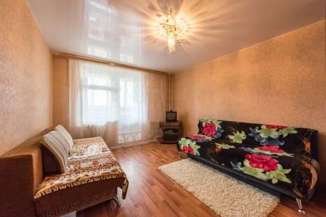 Сдается 1-комнатная квартира посуточно в Костроме, Ивана Сусанина дом 30.