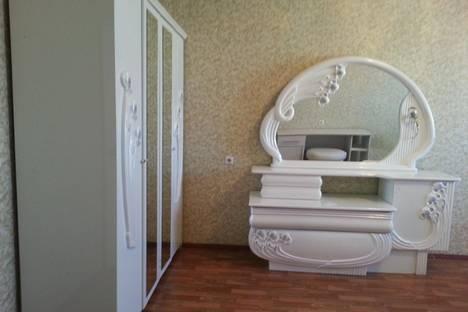 Сдается 2-комнатная квартира посуточно в Якутске, ул. Ойунского, 3.