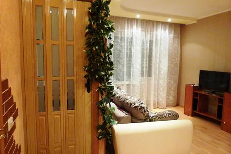 Сдается 1-комнатная квартира посуточново Владимире, ул. Чайковского, 42.