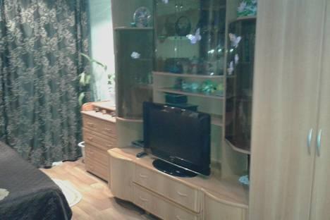 Сдается 1-комнатная квартира посуточно в Новомосковске, Молодёжная 4.