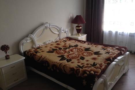 Сдается 3-комнатная квартира посуточнов Армавире, Маркова,  343.