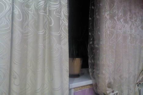 Сдается 2-комнатная квартира посуточно в Златоусте, проспект им Ю.А.Гагарина 7-я линия,.