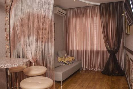 Сдается 1-комнатная квартира посуточно в Сочи, Ленина, 221/6.