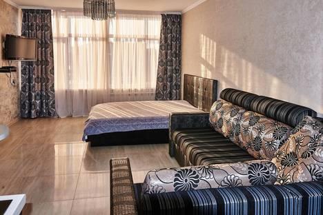 Сдается 1-комнатная квартира посуточно в Иркутске, Байкальская, 244/2.