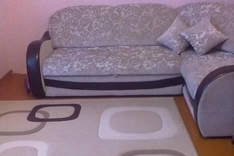 Сдается 2-комнатная квартира посуточно в Великом Устюге, ул. Рабочая, 18б.