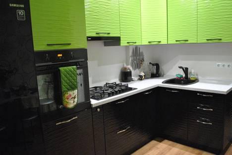 Сдается 2-комнатная квартира посуточно в Саратове, Чернышевского 19.