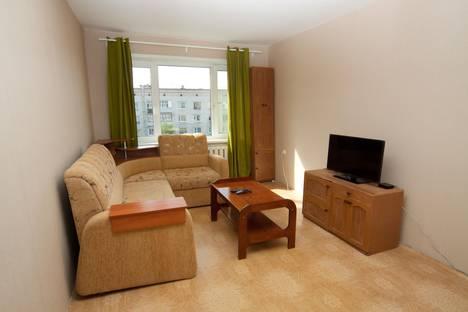 Сдается 2-комнатная квартира посуточно в Архангельске, ул. Северодвинская,  70.