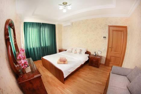 Сдается 2-комнатная квартира посуточно в Алматы, ул. Каблукова, 264/8.