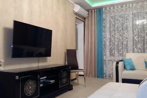 Сдается 1-комнатная квартира посуточно в Казани, проспект Победы 46.